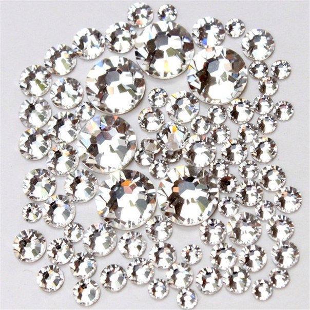Стразы Mix кристалл белые, разных размеров 1440 шт