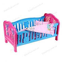 Кроватка для кукол с постельным бельем