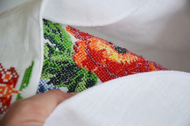 вышивка на вышиванке