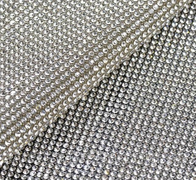 Стразовое термополотно Crystal. Розмір страз SS6 (1.9-2.0 мм). Ціна за відріз 1х24 см