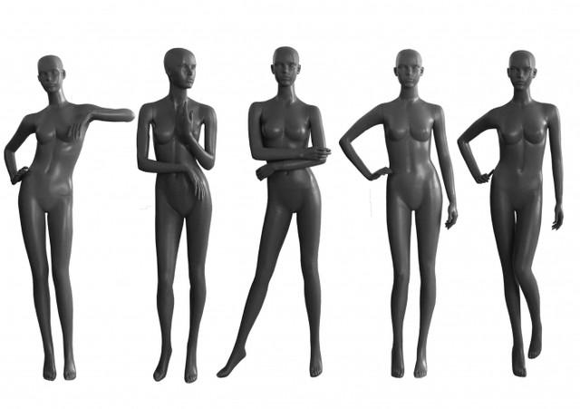Манекены женские в ассортименте