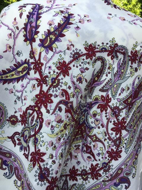 Хустина біла в етнічному стилі з орнаментом 100 100 см - Скарбниця Карпат-  інтернет 69307d495bdad
