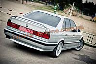 Спойлер из стеклопластика M-style на BMW 5 E34 1988-1997