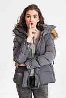 Зимняя женская куртка M