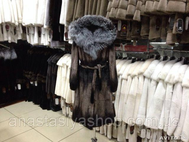 Шикарная норковая шубка с капюшоном из чернобурки