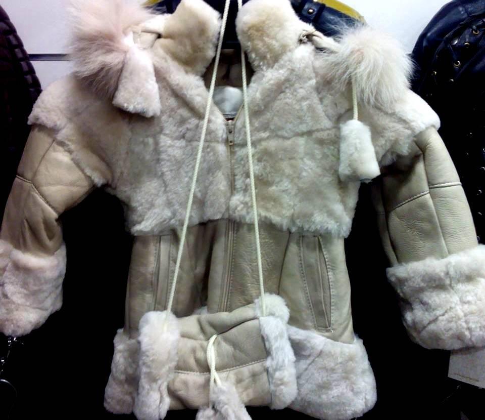 Дубленка детская из натуральной овчины, с капюшоном - отстегивается