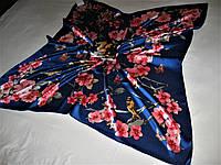 Платок Valentino можно приобрести на выставках в доме одежды Киев
