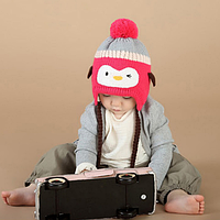 """Забавная шапочка на девочку """"Пингвинчик"""""""