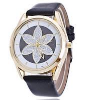 Женские кварцевые часы Кувшинка черные  060-2