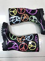 Цветные резиновые сапоги