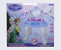 Туалетный столик музыкальный Холодное Сердце Frozen 901-382музыкальныеи световые эффекты в коробке45*48*8,