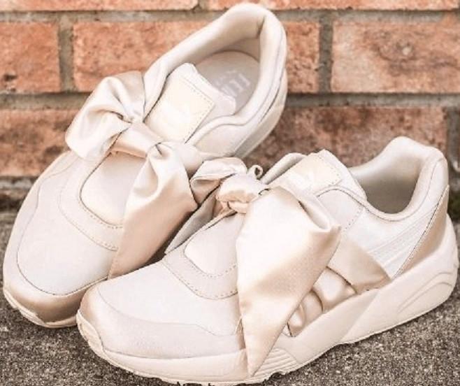 eb0e5bf826c6 Женские кроссовки Puma х Rihanna Fenty Bow Sneaker Pink Tint от ...