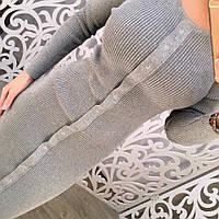 Стильное вязанное платье миди