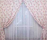 Стильные шторы для гостинной с рисунком