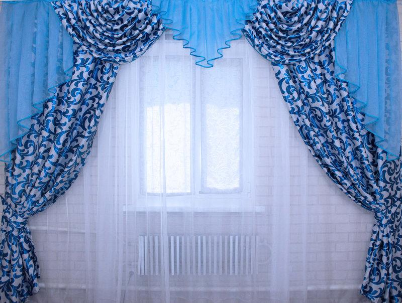 e6166b5792e Готовый комплект штор с ламбрекеном - Интернет магазин Линия одежды в  Харькове