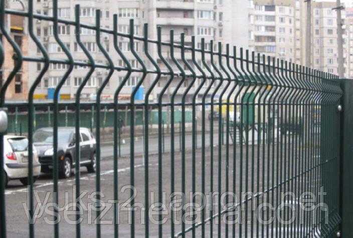 Забор из сварных секций оц+ПВХ