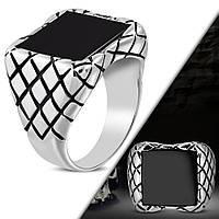 Байкерский перстень с черным квадратным камнем