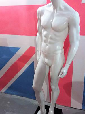 Манекен мужской белый глянец