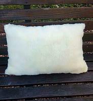 Подушка меховая 40*60 см желтого цвета