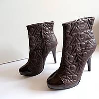 Женские туфли ботильоны на каблуке 39 размер 26см Tomasso Taccardi  классика кожа