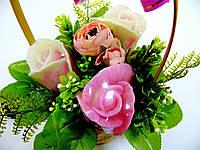 """Букетная композиция из мыльных цветов в корзинке """"Букет роз"""""""