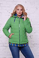 Интересная курточка зеленого цвета с трикотажной имитацией
