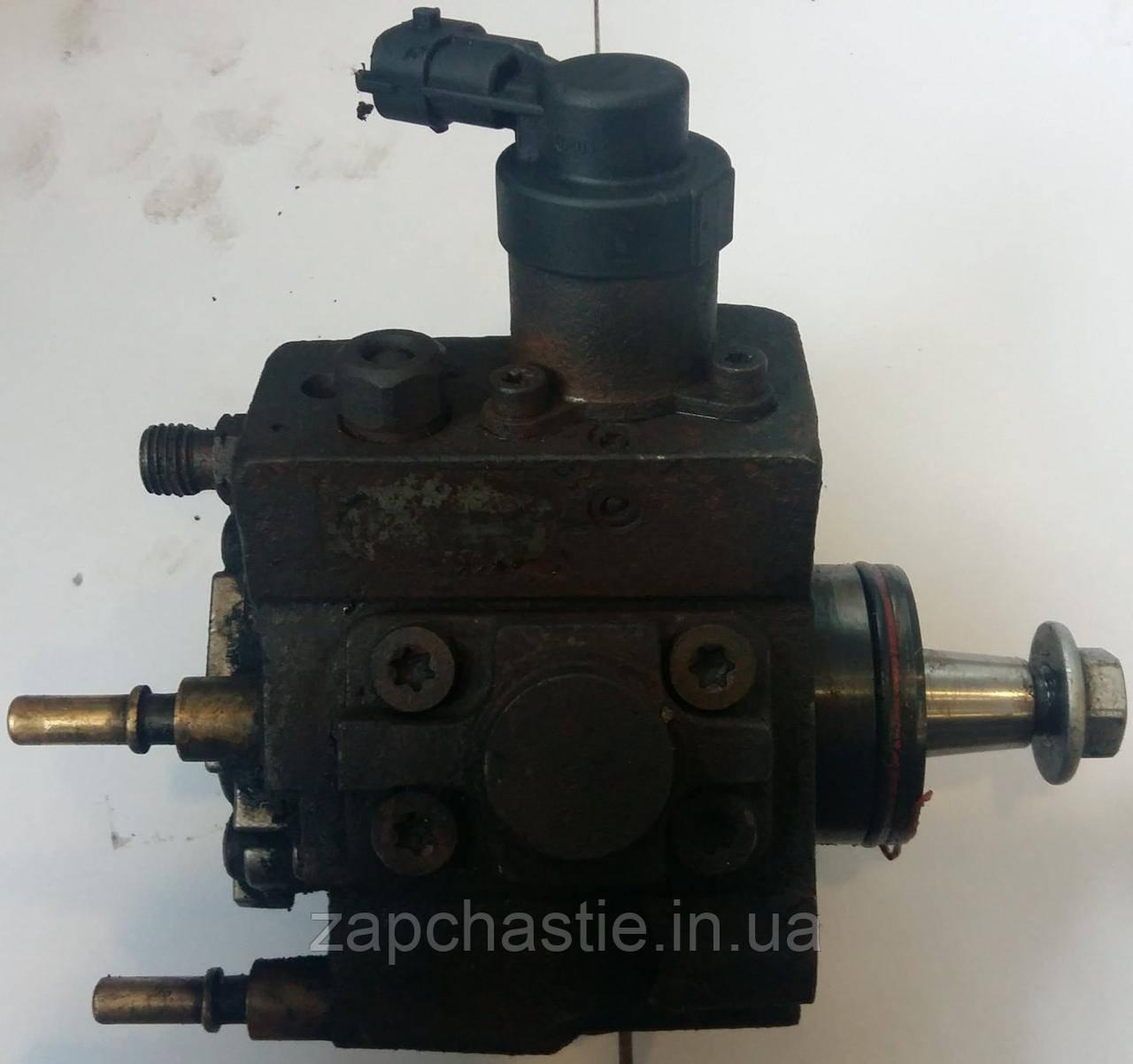 Топливный насос высокого давления (ТНВД) Ниссан Примастар 2.5dci 0445010140