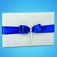 Книга пожеланий атласная белая с синей лентой