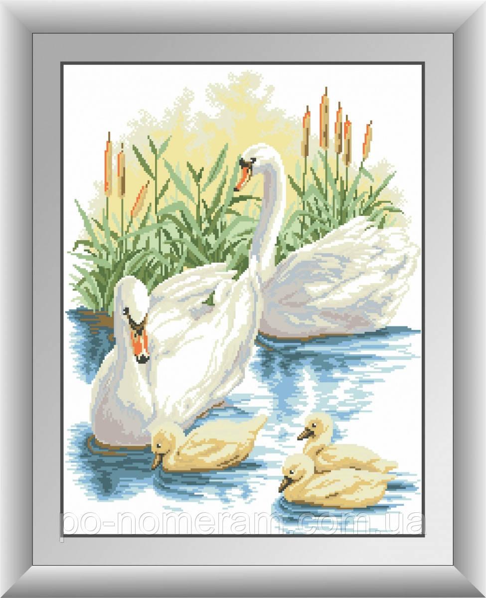 Картина алмазная вышивка Dream Art Семья лебедей (квадратные камни, полная зашивка) (DA-30410) 48 х 63 см (Без подрамника)