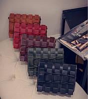 Уникальная молодежная сумка почтальон с плетением