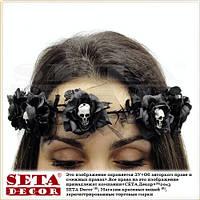 Венок из чёрных роз с черепами готический
