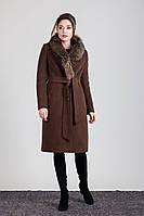 Женское зимнее кашемировое пальто с натуральным мехом енота