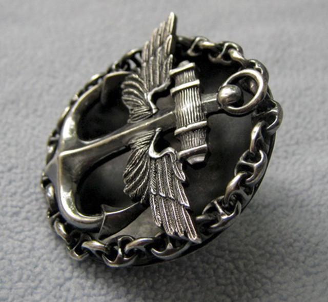 нагрудный знак морского военного летчика
