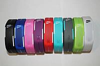 """Часы-браслет """"Nike"""" спортивные, резиновые, водонепроницаемые."""