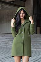 Женское зимнее кашемировое пальто с капюшоном зеленого цвета