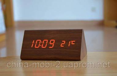 VST-861 Годинники настільні цифрові з будильником, датою і термометром, коричневі з червоним підсвічуванням