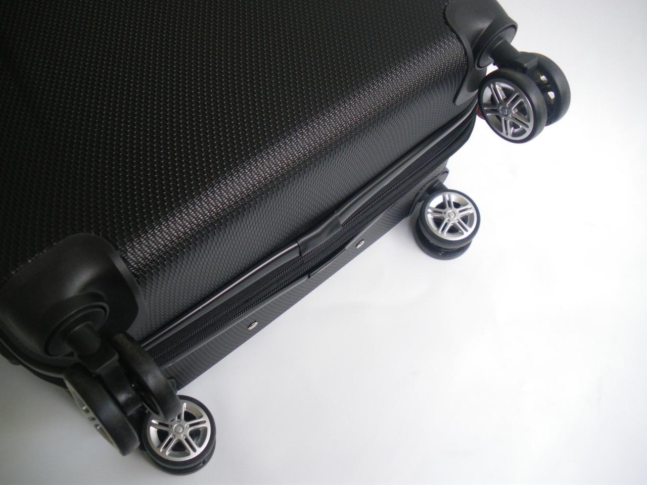 6f87fa5dbcd2 Чемодан дорожный на колесах пластиковый Gladiator Iguana (M) с расширением  , цена 2 600 грн., купить Виноградов — Prom.ua (ID#512727350)