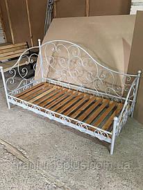 Кровать кованная, ламели натуральное дерево