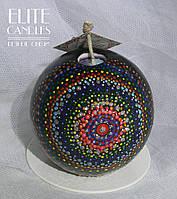 Кругла свічка з точковою розписом