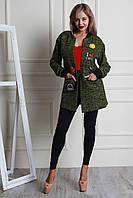 Модный молодежный кардиган с карманами, украшен нашивками