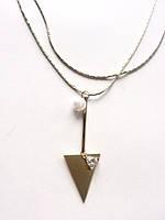 """Металлическая бело-золотая подвеска """"Перевернутый треугольник с жемчужиной"""""""