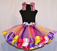 Разноцветная юбка с лентами