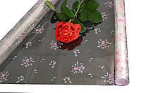 "Пленка для цветов ""Луг с розой розовый"" 0,7 кг*600мм"