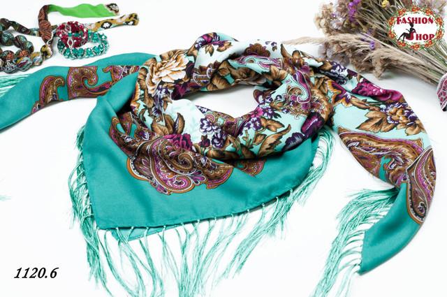 платок в украинском стиле