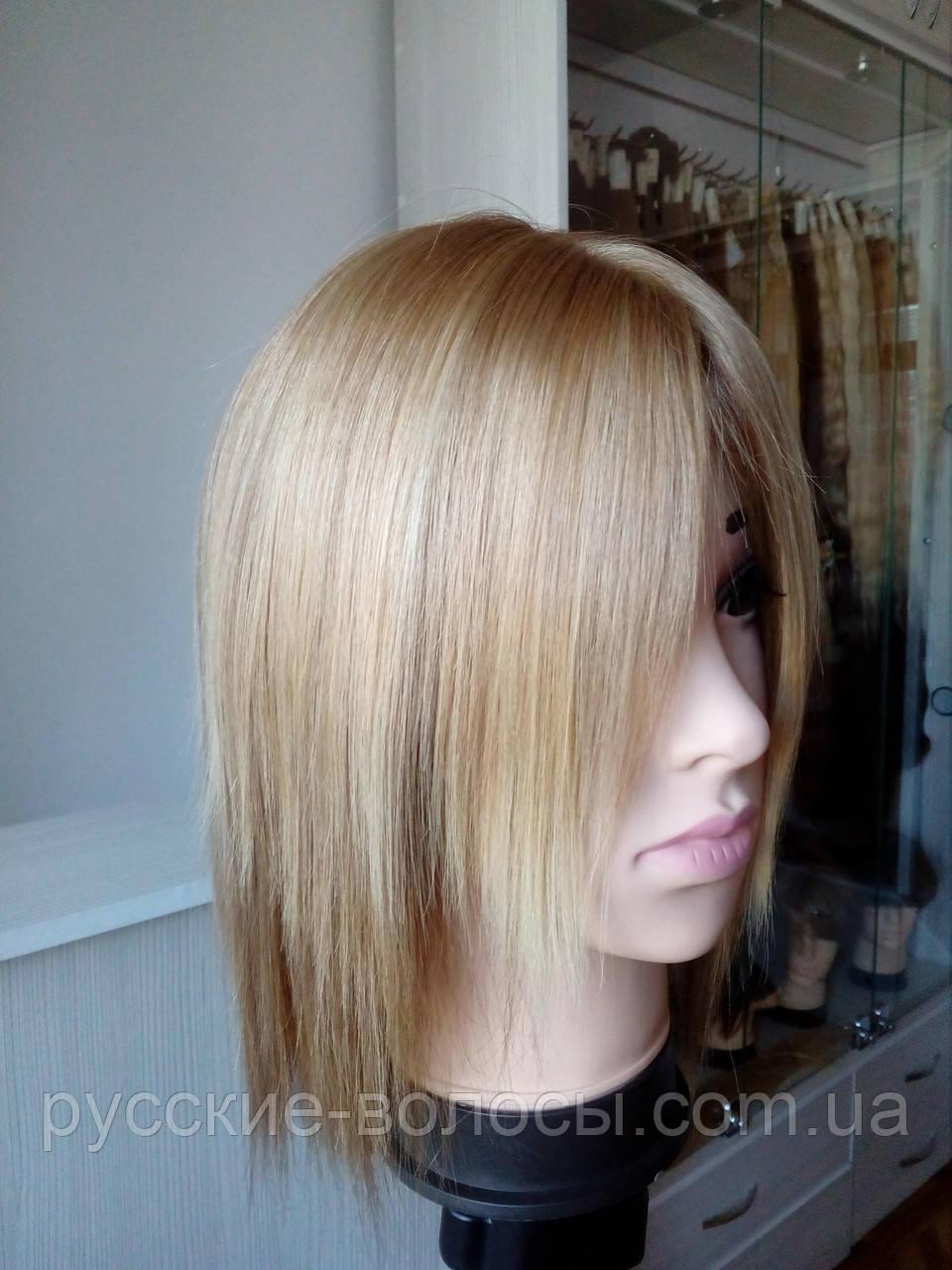 Жіночий парик натуральний блондин.
