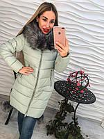 Красивая женская куртка с капюшоном на синтепоне
