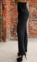 Деловые черные брюки на шнуровке