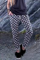 Женские штаны с принтом в горох