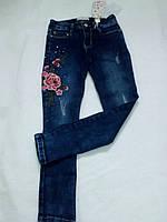 Модные джинсовые штаны для девочки с вышивкой