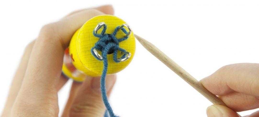 Детский набор для рукоделия nic Вязальная машинка NIC540002 Желтая
